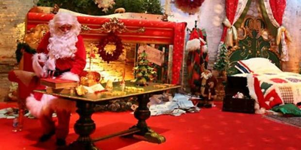 Immagini Di Folletti Di Babbo Natale.Castello Di Lunghezza Tra Elfi Folletti Principe E